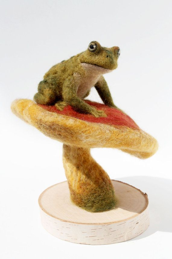 Needle Felted Toad Felted Toad And Mushroom by YvonnesWorkshop
