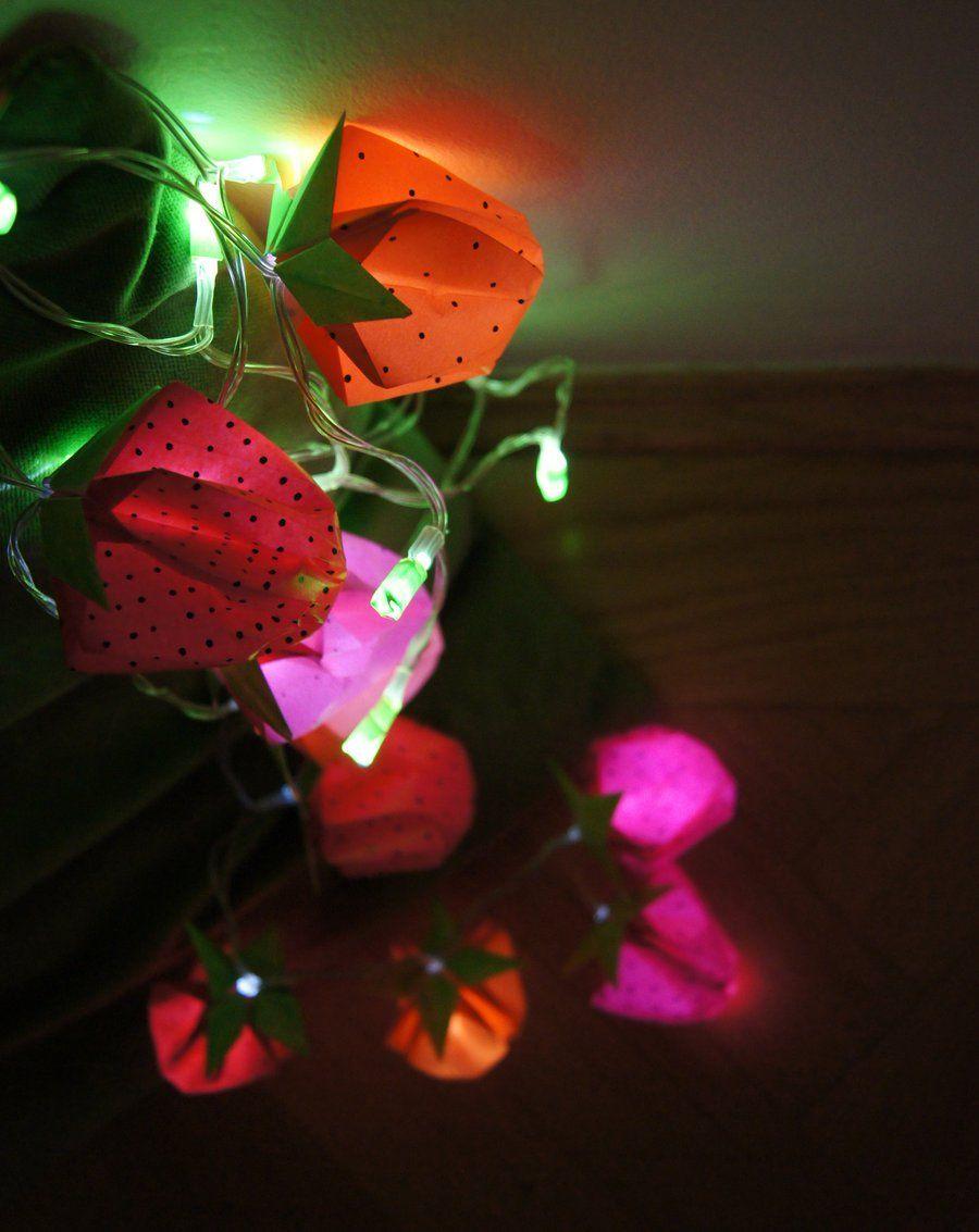 gefaltet erleuchtet tischdeko und lichterkette mit origami erdbeeren diy stuff pinterest. Black Bedroom Furniture Sets. Home Design Ideas