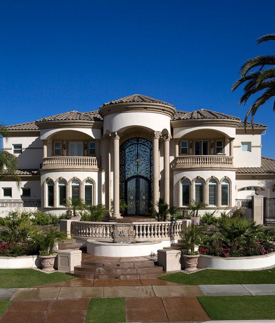 19 astounding luxury mediterranean house designs you 39 ll for Custom mediterranean homes