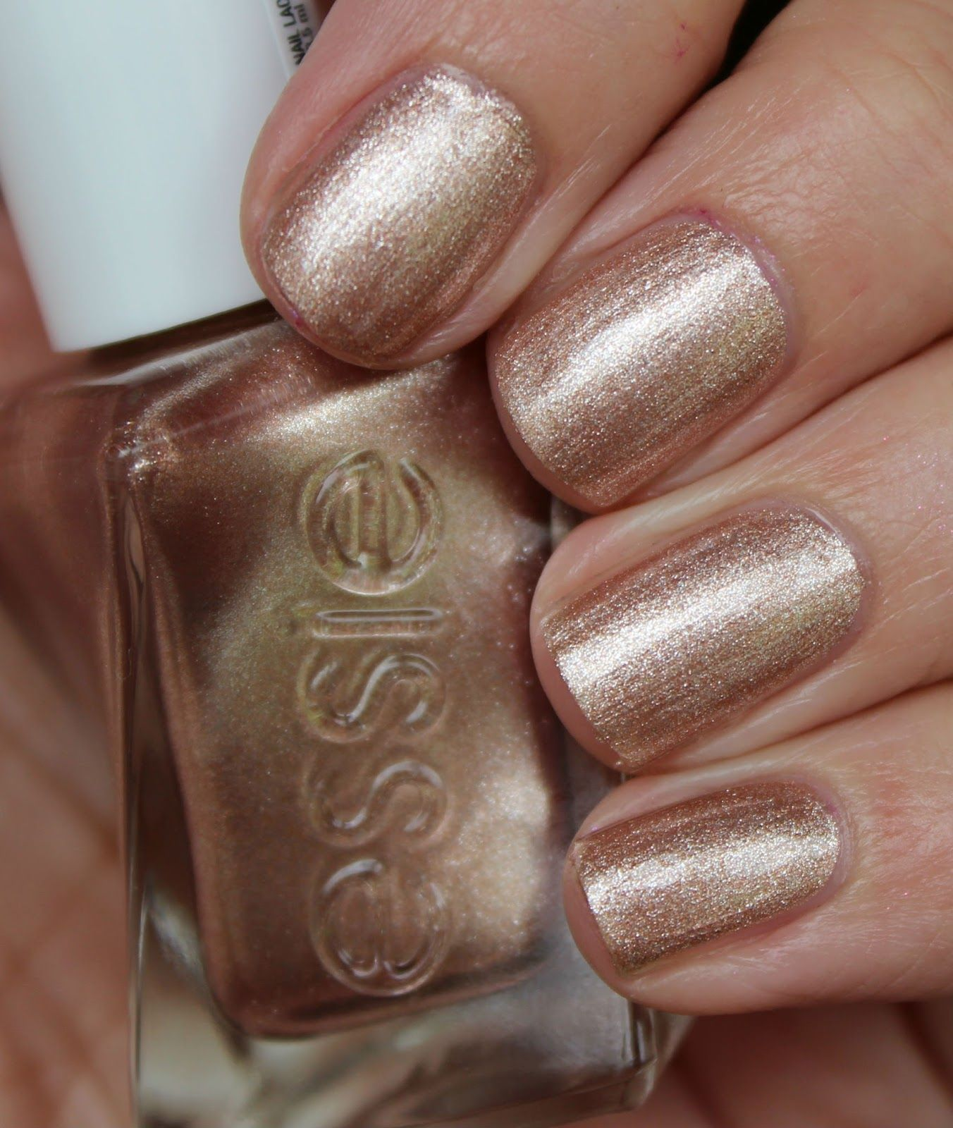 Essie Gel Couture - To Have & To Gold | ANails - Gel | Pinterest ...