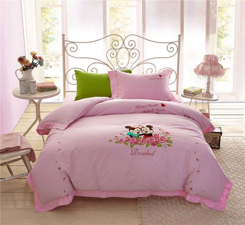20 Wonderful Mickey Mouse Bedroom Ideas Mickey Mouse Bedroom Minnie Mouse Bedding Girls Bedspreads