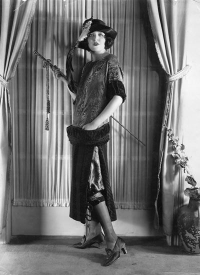 1920s Fashion History On 1920 Fashion History Flapper