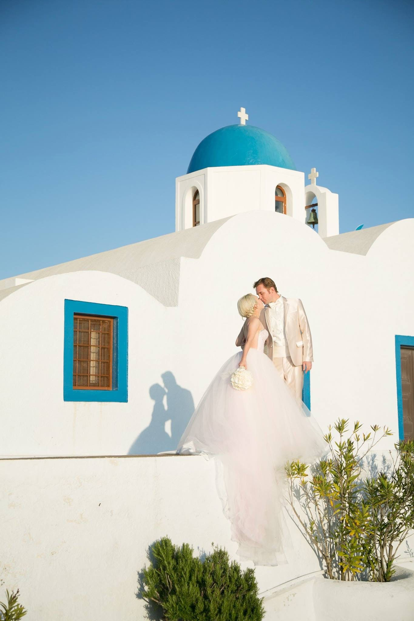 Xiaxue And Michael In Santorini Pink Gowns Wedding Photos Wedding Dresses