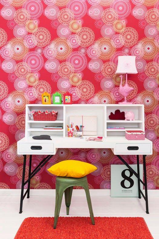 Tapettimallisto LEF on väriä, iloa, herkkyyttä sekä dynaamista otetta. Monipuolisen malliston kuoseista löytyy kivaa vaikkapa lastenhuoneen tai nuoren huoneen seinälle. www.k-rauta.fi  Wallpaper collection LEF.