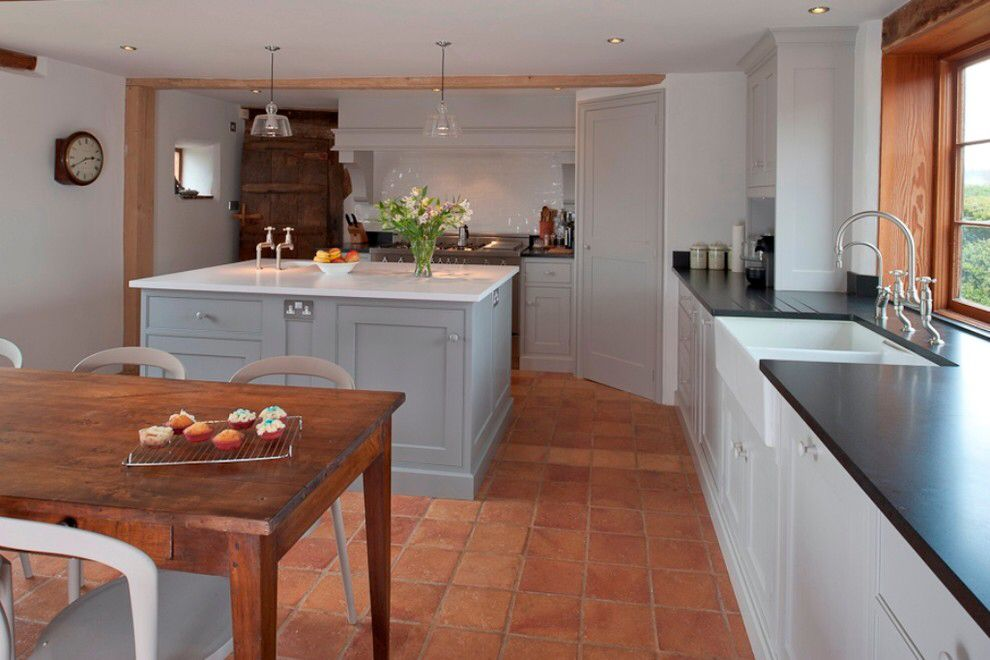 Quarry Tiles Blue Kitchen White Surface Works In A Period