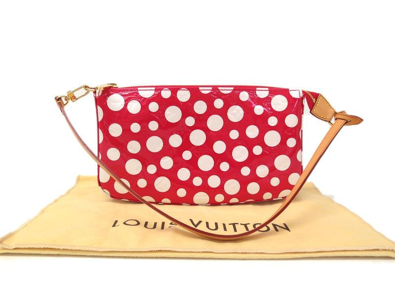 #LouisVuitton Pochette Accessoires Hand bag (#YAYOI KUSAMA)M91428(BF062224) All #eLADY's items are inspected carefully by expert authenticators who have years of experience.