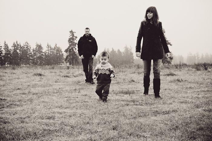 See more at http://www.megganjoyphoto.com/seth-katina-and-noah-a-morning-walk/#