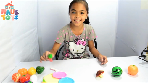 Learn the names of fruits and vegetables with Hooplakidz partner Haus Toys!  Full video ->https://www.youtube.com/watch?v=1LxTz19yMO4 https://video.buffer.com/v/583dbf99e70c557f3491efa5