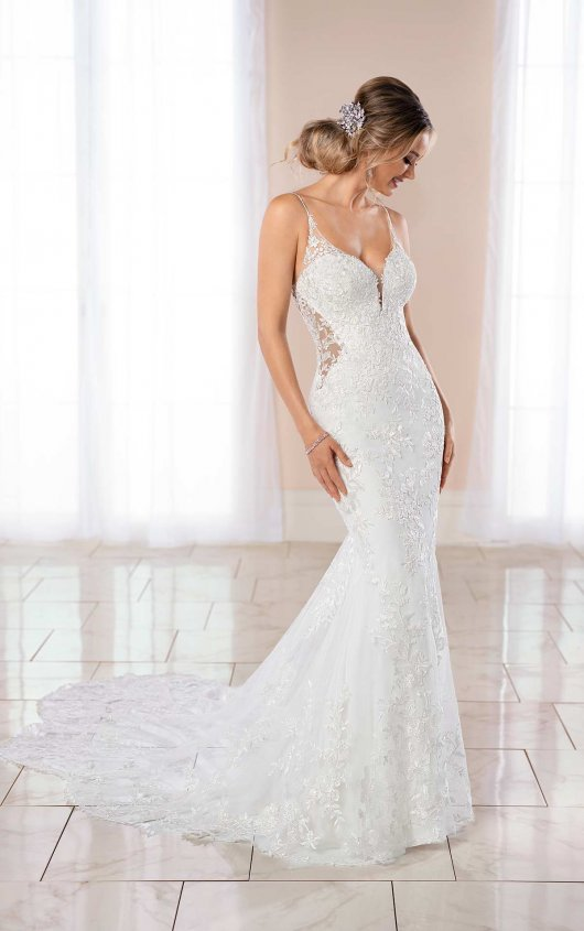 Glamorous Beach Wedding Dress With Scallop Train Stella York
