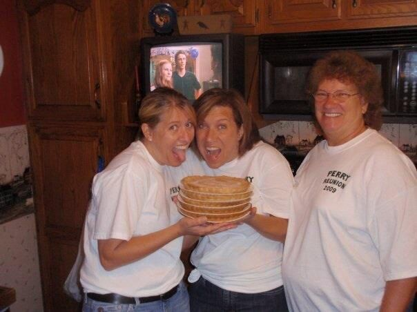 Aunt Sue's Apple pies!