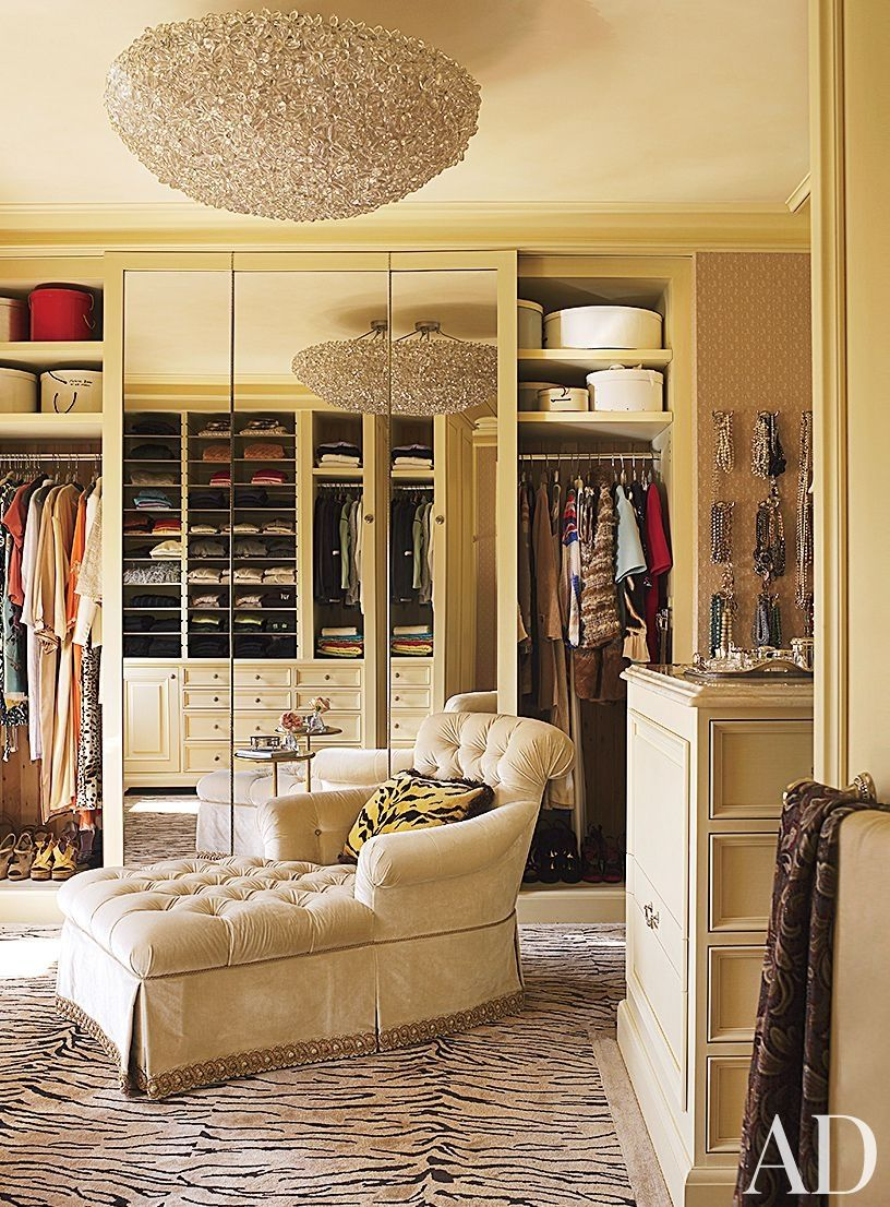 Dressing Rooms Designs Pictures: Velvet Accents Create A Sensuous Atmosphere In These