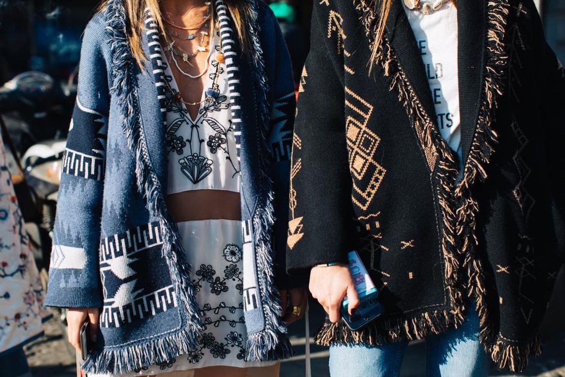 Street Style at Milan Fashion Week Fall/Winter 2017-2018 ...