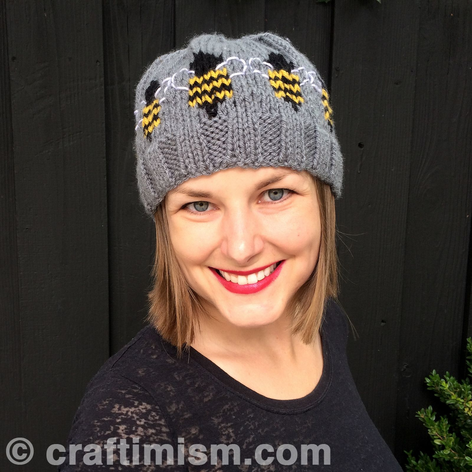 Bee Patterned Knit Hat pattern by Heidi Arjes | Ravelry, Bees and Lions