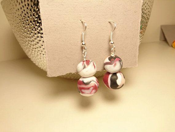 Orecchini di perle in Pasta Fimo / Polymer di NascondiglioBoutique