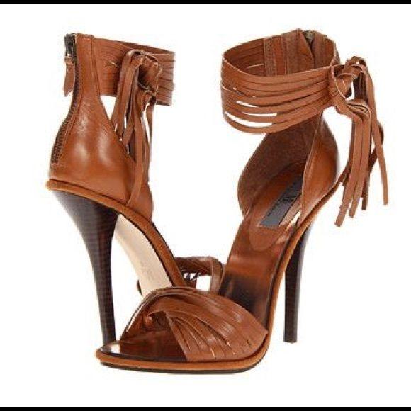54e2a4d6d0a1 Mia Limited Edition Lauren Sandal NWT