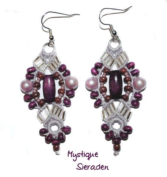 Pendientes Micro macramé en púrpura / plata de Mystique Sieraden por DaWanda.com