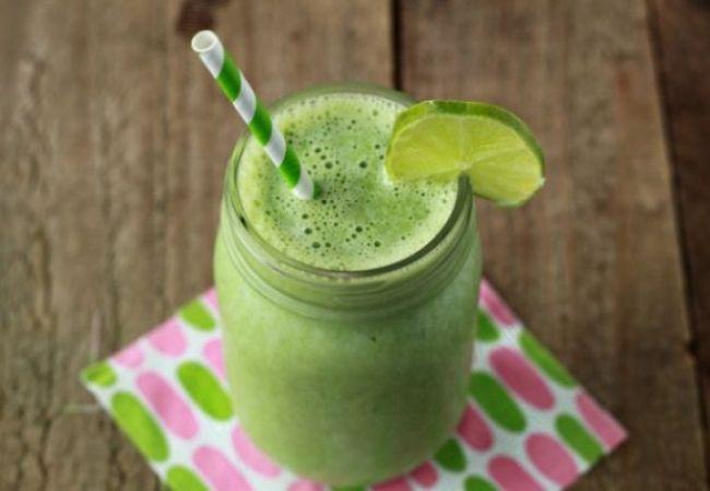 retete smoothie verde)