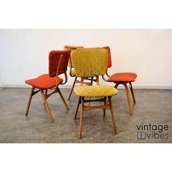 Vintage teak stoelen met gekleurde stoffering woonkamer pinterest stoffering stoelen en - Moderne stoffering ...