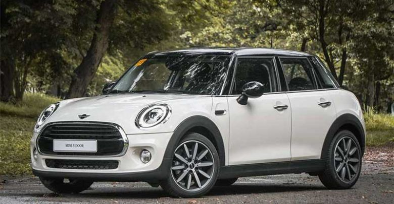 2019 Mini Cooper 5 Door 1 5 At With Images Mini Cooper Mini