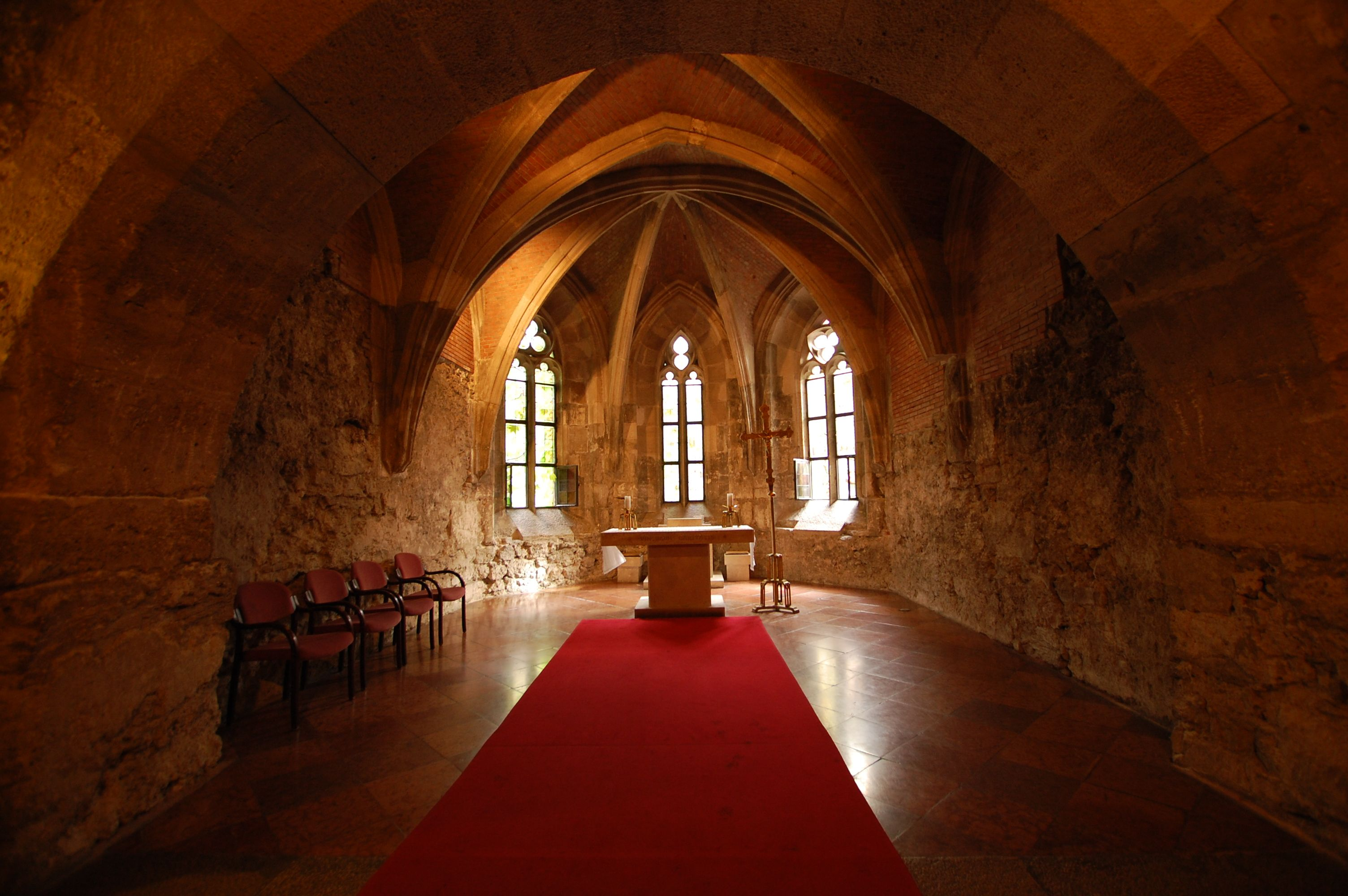 medieval castle interior the lower chapel of the. Black Bedroom Furniture Sets. Home Design Ideas
