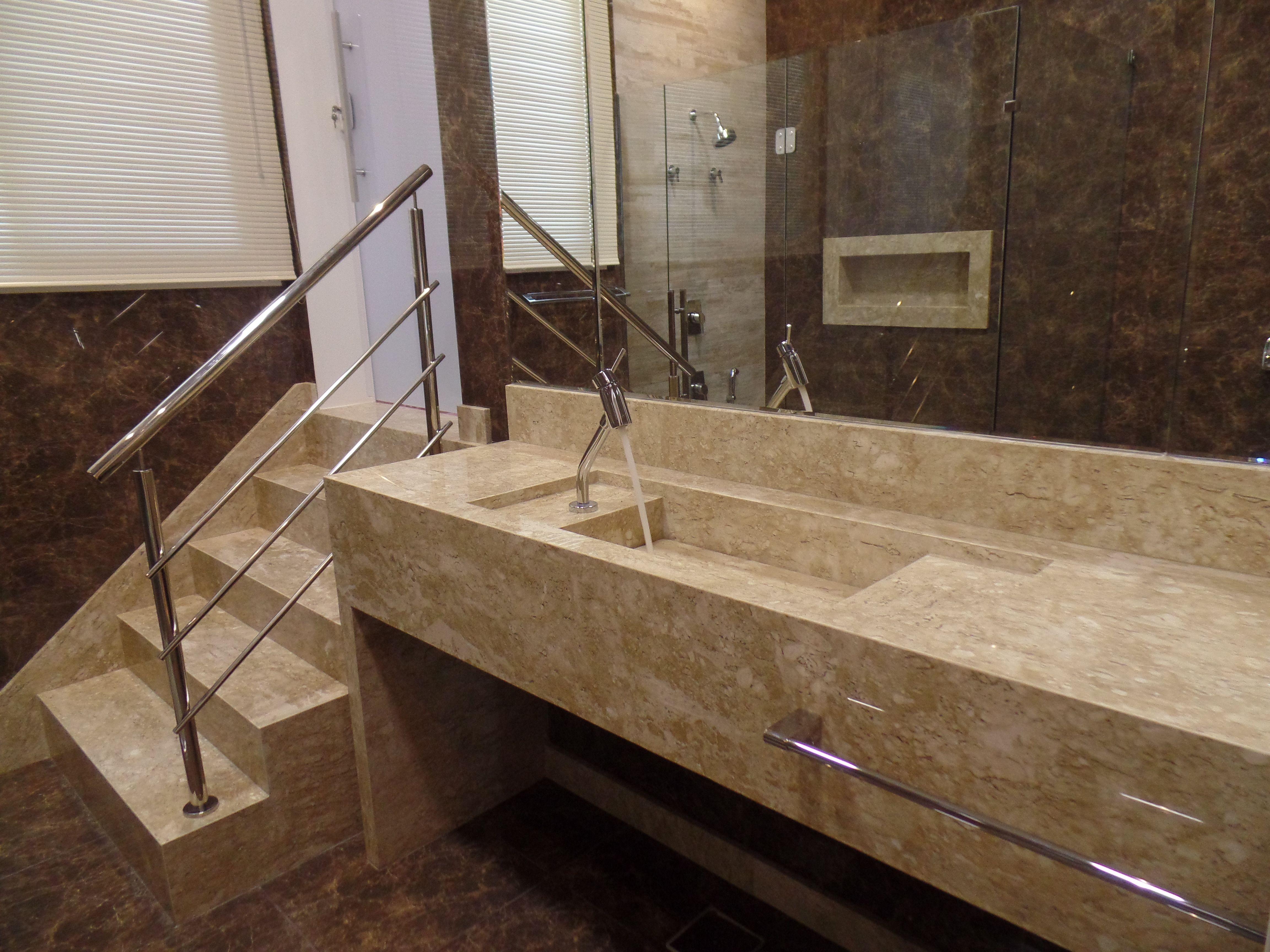 Nicho Bancada Banheiro : Banheiro com escada rodap? nicho e bancada cuba