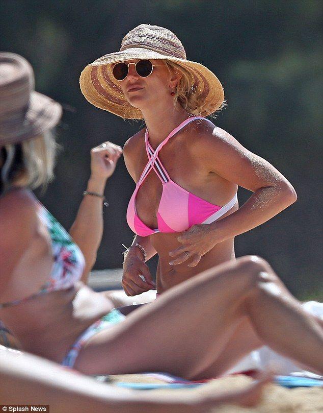 Britney spears in skimpy bikini