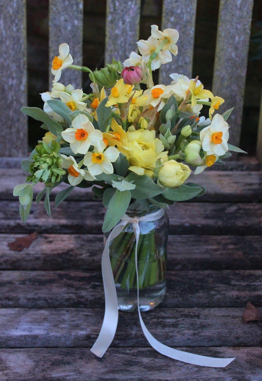 Lock cottage flowers surrey uk early spring table arrangement http lock cottage flowers surrey uk early spring table arrangement httplockcottageflowers mightylinksfo