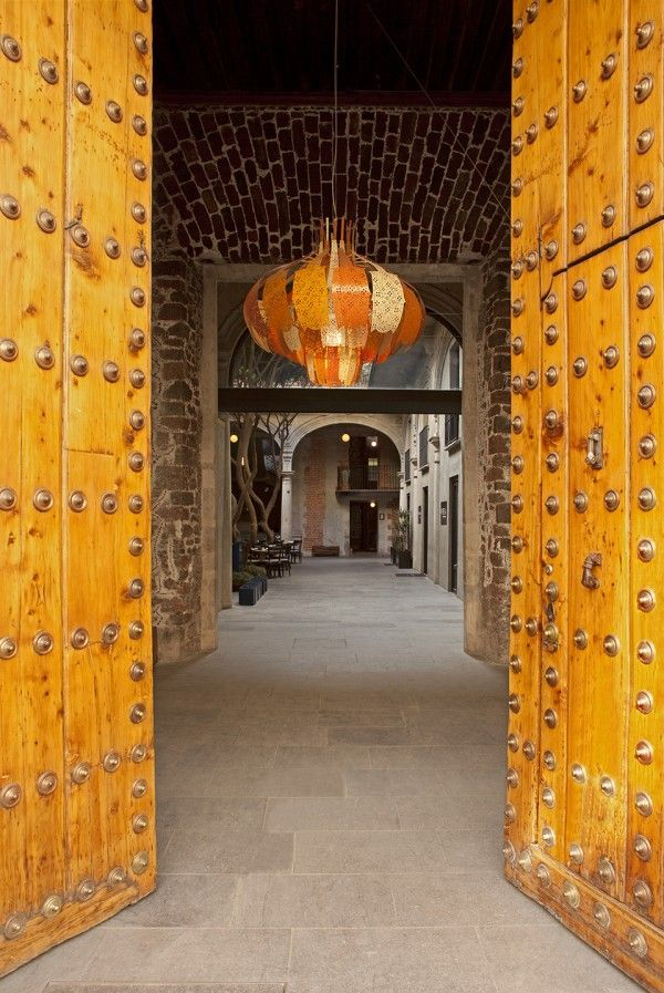 Downtown Mexico City Boutique Hotel. Beautiful. Click to go inside.