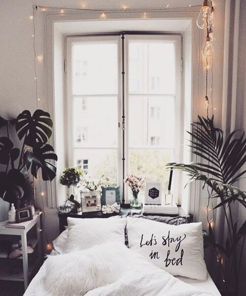 Let\u0027s stay in bed Hipster interior Pinterest Apartments