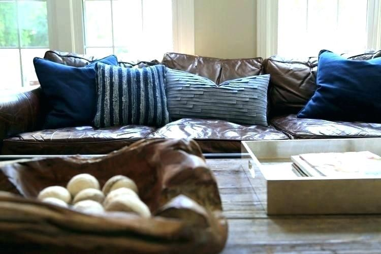What Color Throw Pillows For Brown Couch Couch Nice Pillows For