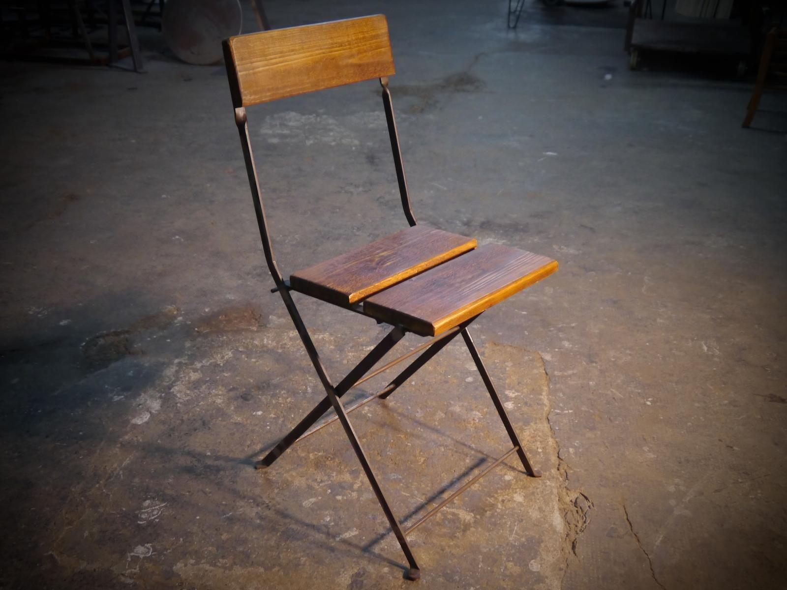 Silla de estructura de hierro con lamas de madera - Pintura para madera ...