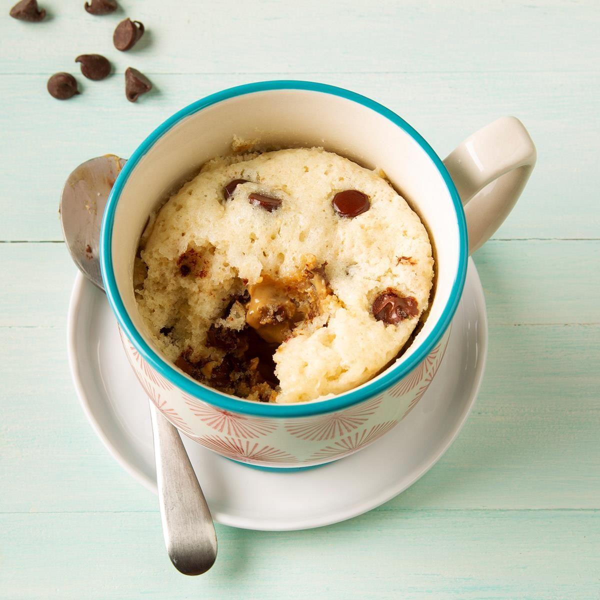 Chocolate Peanut Butter Mug Cake #peanutbuttersquares
