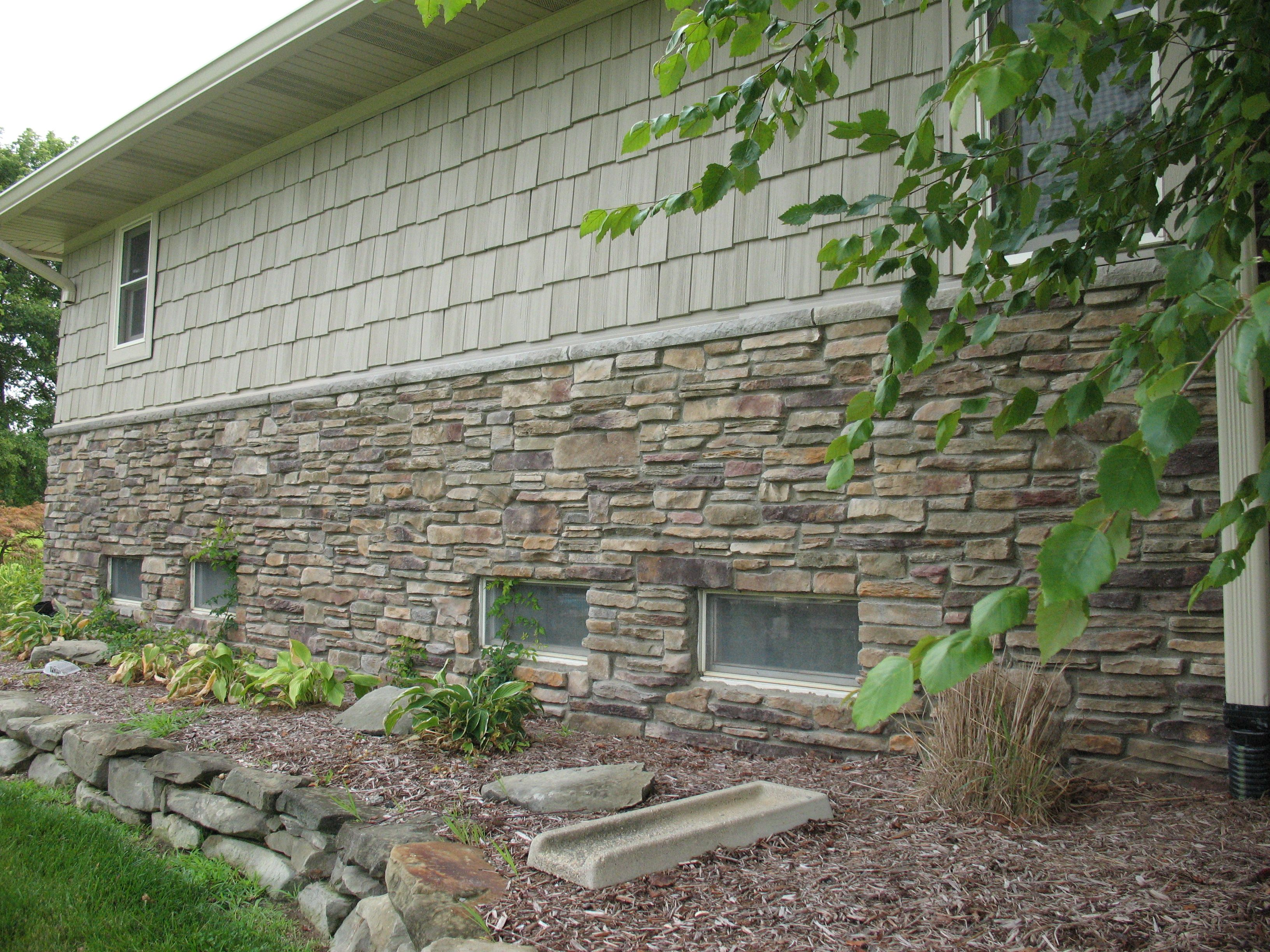 Bucks county southern ledgestone by boral cultured stone for Exterior ledgestone