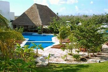 Hotel Sotavento & Yacht Club Rating: 3.0 Stars  Blvd. Kukulcan Km 4 Zona Hotelera Calle del Pescador, Lote D-8-4, Cancun, QROO 77500 Mexico 1-866-500-4938