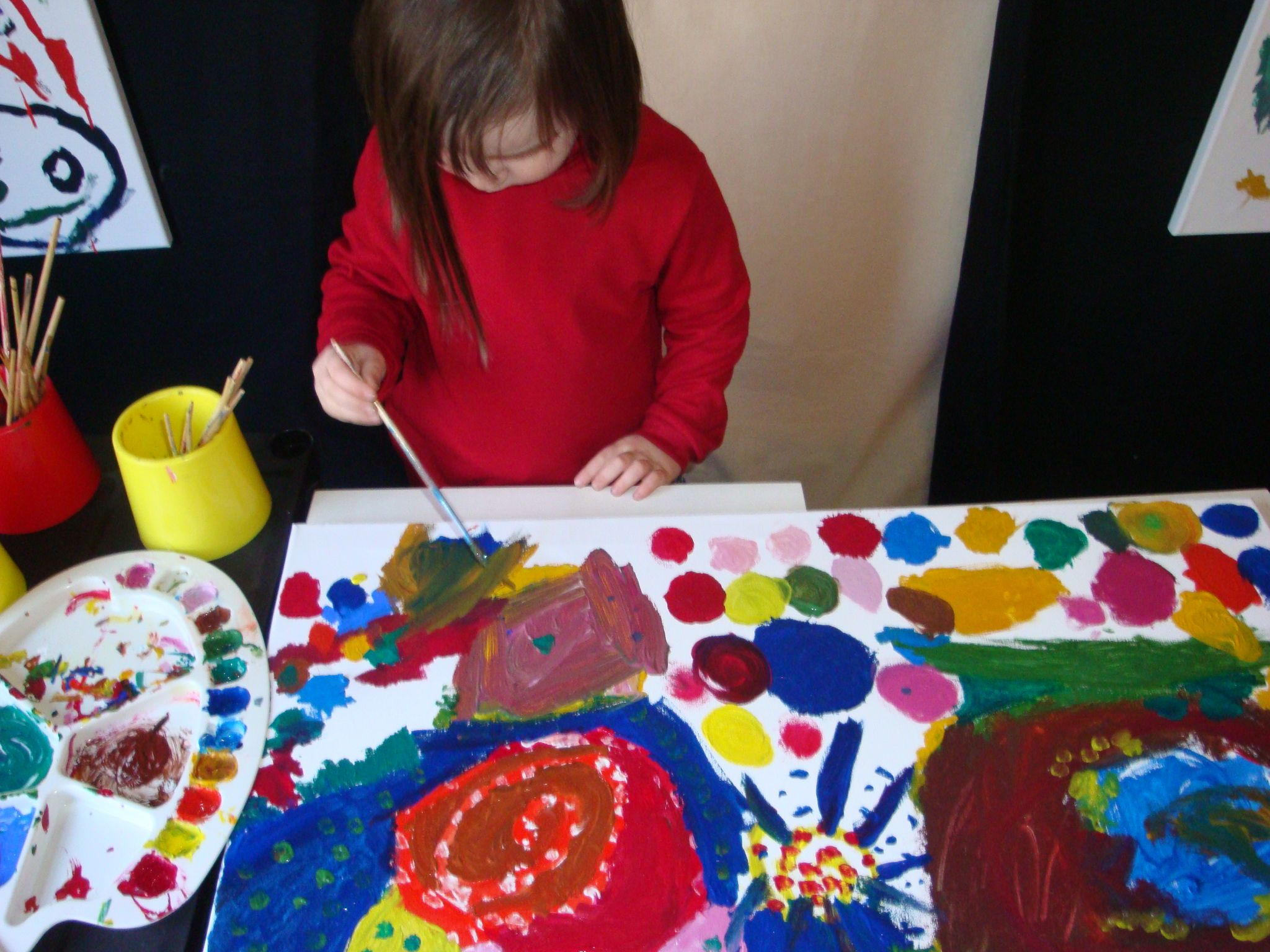 Exploring oil painting with collaborative artwork @ New Horizons Preschool