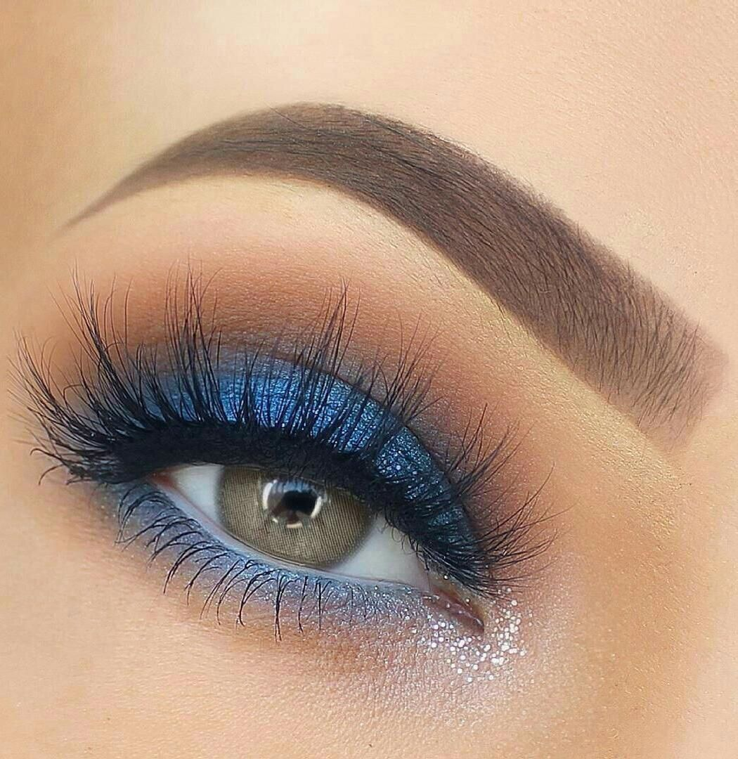 30 Blue Makeup Looks You Must Try This Season - ALENA