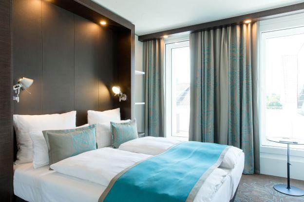Motel One Stuttgart Bad Cannstatt - new room concept EMA HUB - design bad