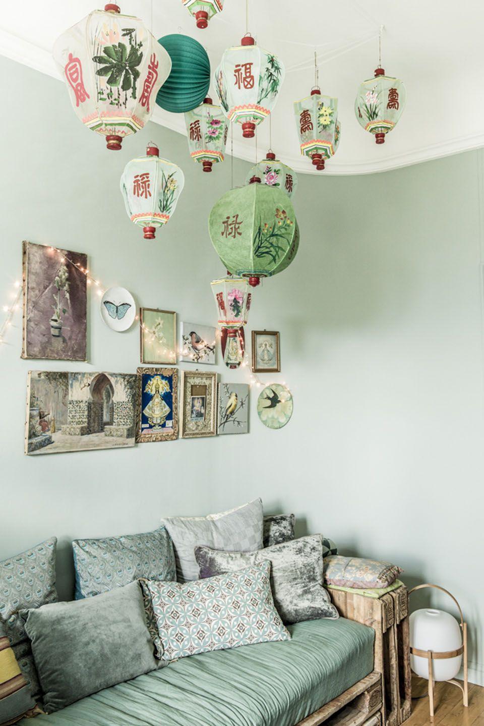 Wohnzimmer In Grün Mit Asiatischen Elementen #einrichtungsideen #wohnzimmer  #livingroom #interiordesign #inneneinrichtung