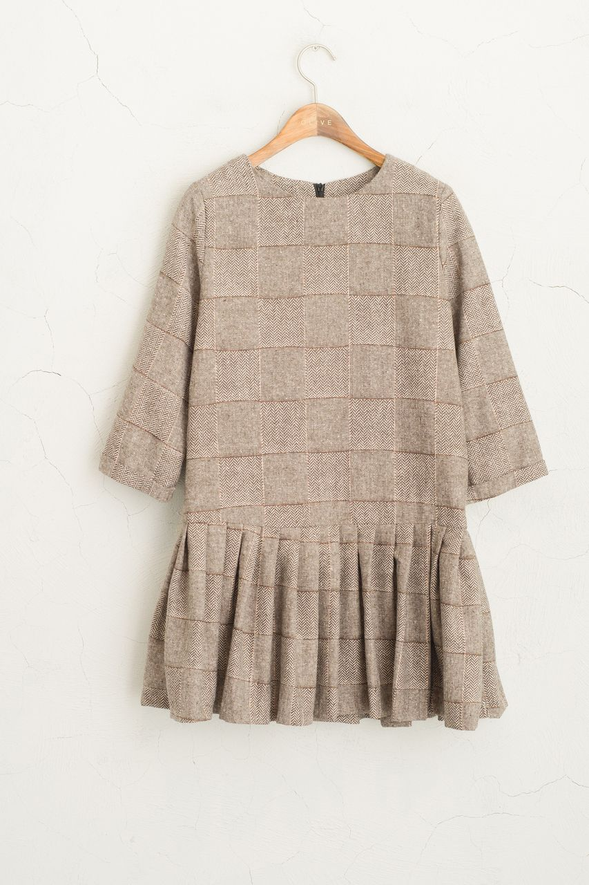 Olive clothing. 7Length Sleeve Check Dress, Brown.