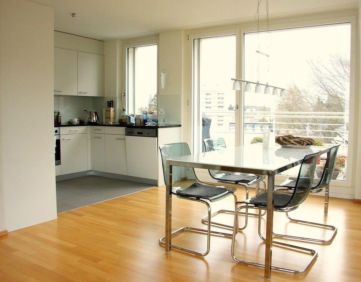 Schone 4 5 Zimmer Wohnung In Zurich Zu Vermieten 5 Zimmer Wohnung Wohnung Mieten Wohnung