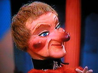 Lady Elaine Fairchilde From Mr Rogers Scared Me Mister Rogers Neighborhood Mr Rogers My Childhood Memories