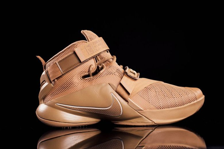 8df5243fca6 Fashion Nike Zoom LeBron Soldier 8 Sample
