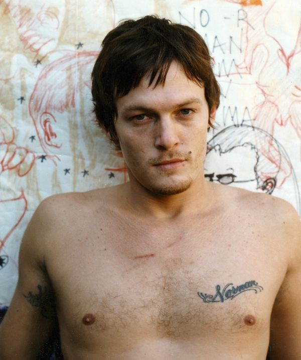 Pin By Mo3 White On Attractive Norman Reedus Norman Reedus Shirtless Norman