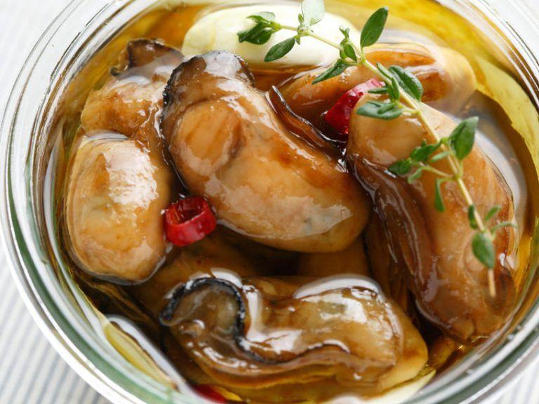 「牡蠣のオイル漬け」レシピ。ぷりぷり&うまみ濃厚になる3つのコツ   三越伊勢丹の食メディア   FOODIE(フーディー)