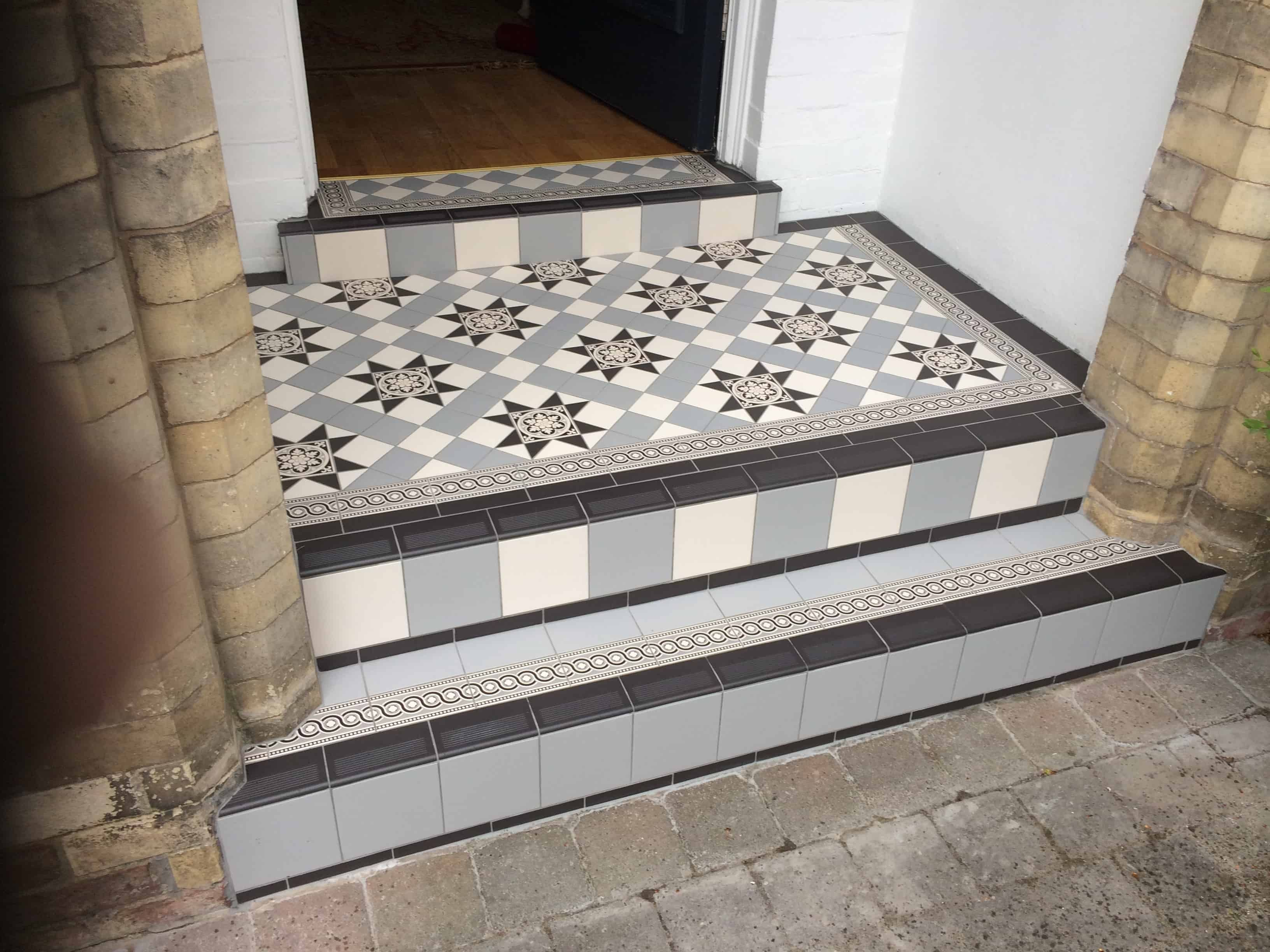 Very Victorian floor tiles gallery, Original Style floors, period  FH44