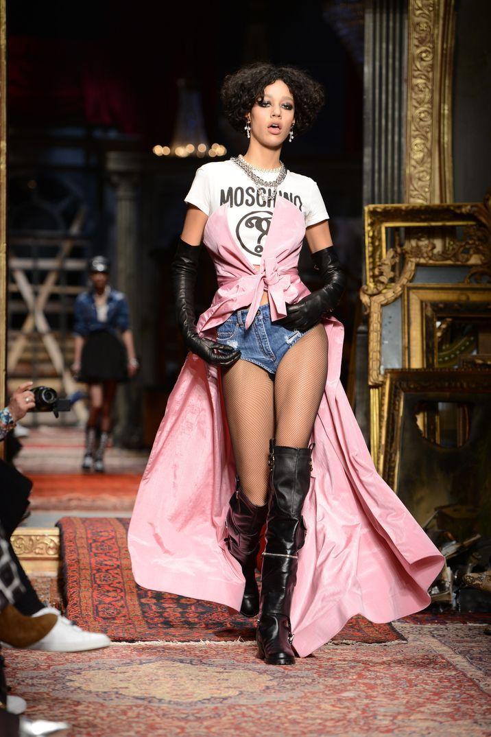 Milan Fashion Week 2016: Moschino