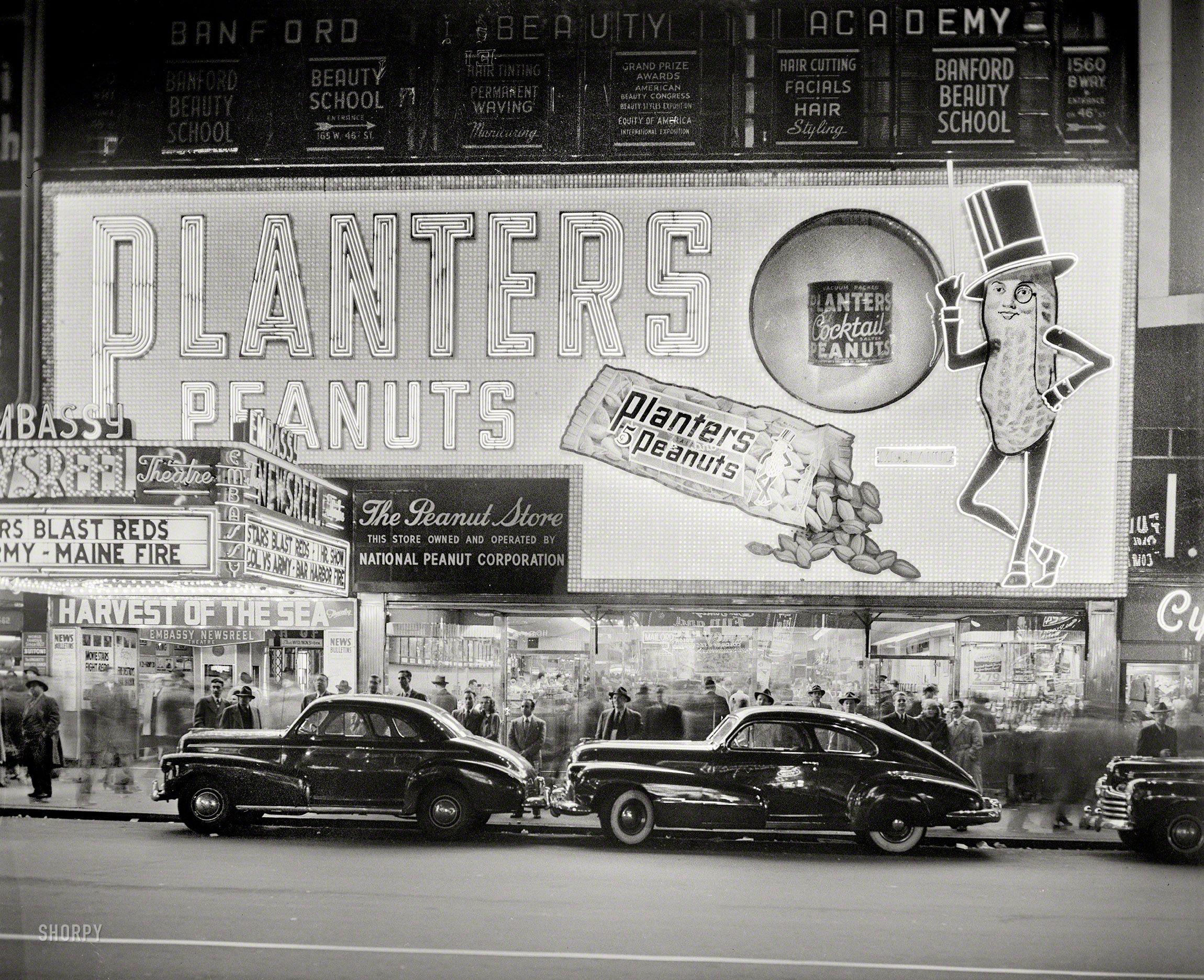 Nut noir 1947 highresolution photo vintage photos