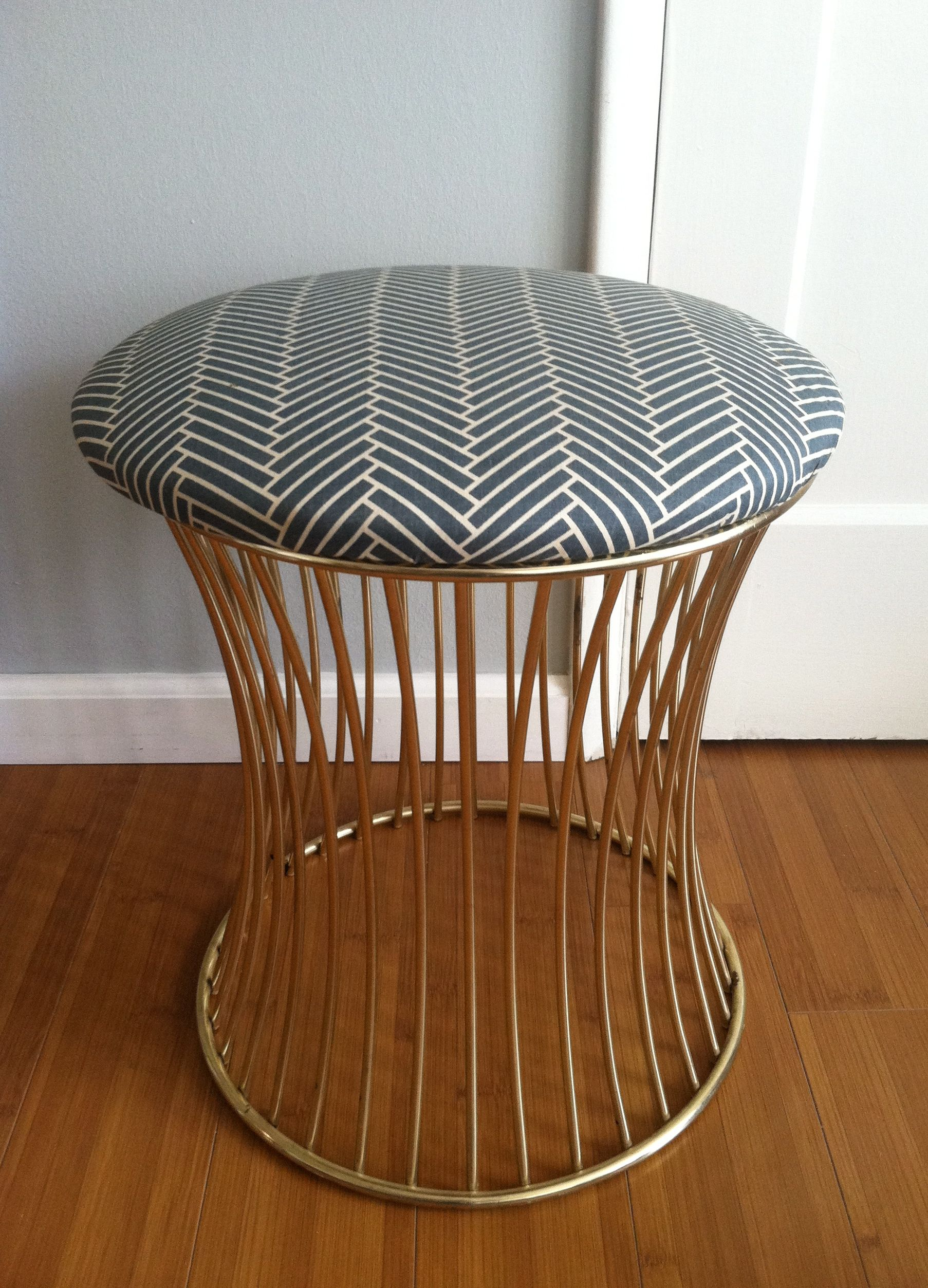 Super Chevron Stool Recovering Painted Furniture Stool Bench Gamerscity Chair Design For Home Gamerscityorg
