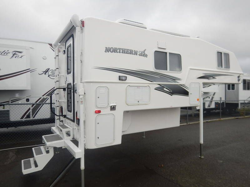 2019 Northern Lite Classic Series 8 11 Truck Camper Travel