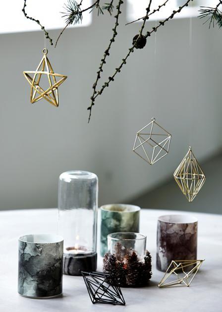 weihnachten in skandinavien deko kr nze und kerzen metallglanz baumschmuck von house doctor. Black Bedroom Furniture Sets. Home Design Ideas